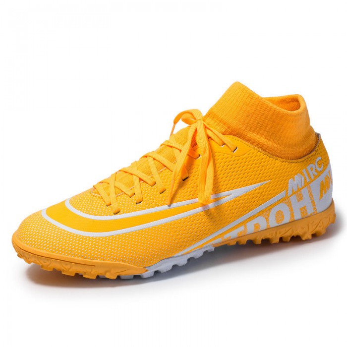 Outdoor / Indoor Comfortable Football Shoes Fully Adjustable Lace Up Closure