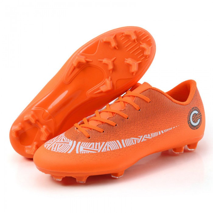 Men Comfy Football Boots Optional Color Soft Breathable Textile Linings