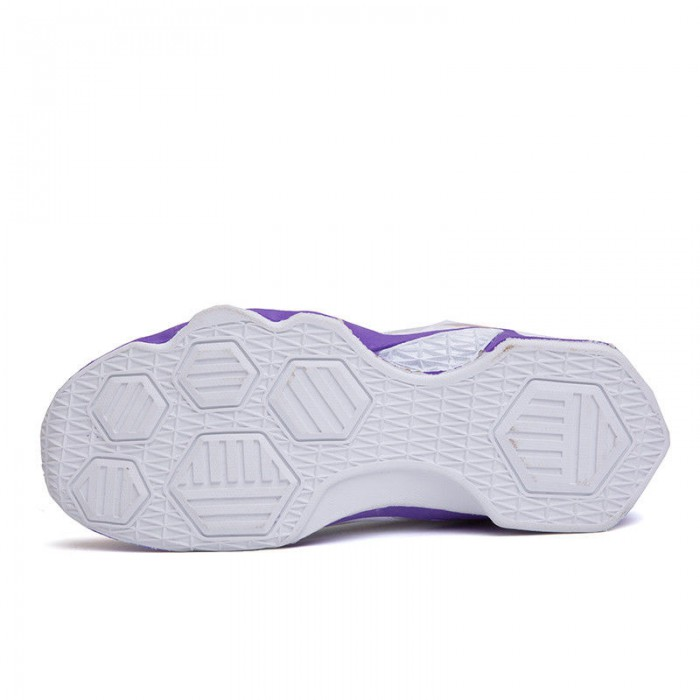 Wear Resistant Breathable Basketball Shoes Shock Absorption Comfortable