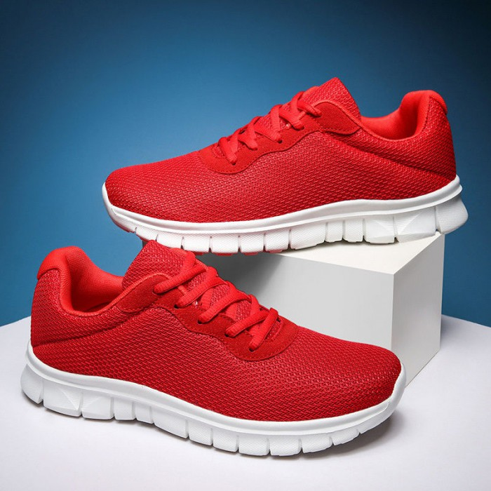 Red Color Gym Workout Shoes Ventilating Insole Comfort Foot Environment