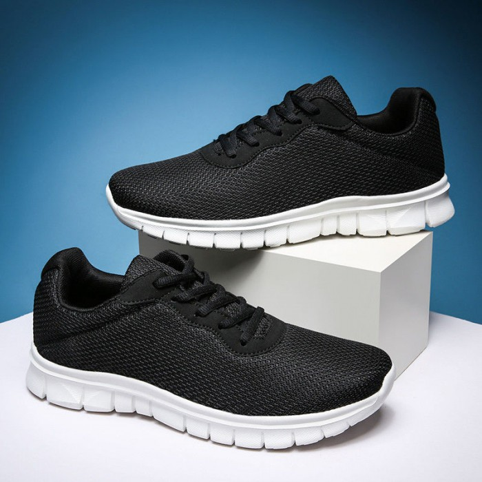 Anti Skid Casual Sports Training Shoes Bottom With Flexible Grooves