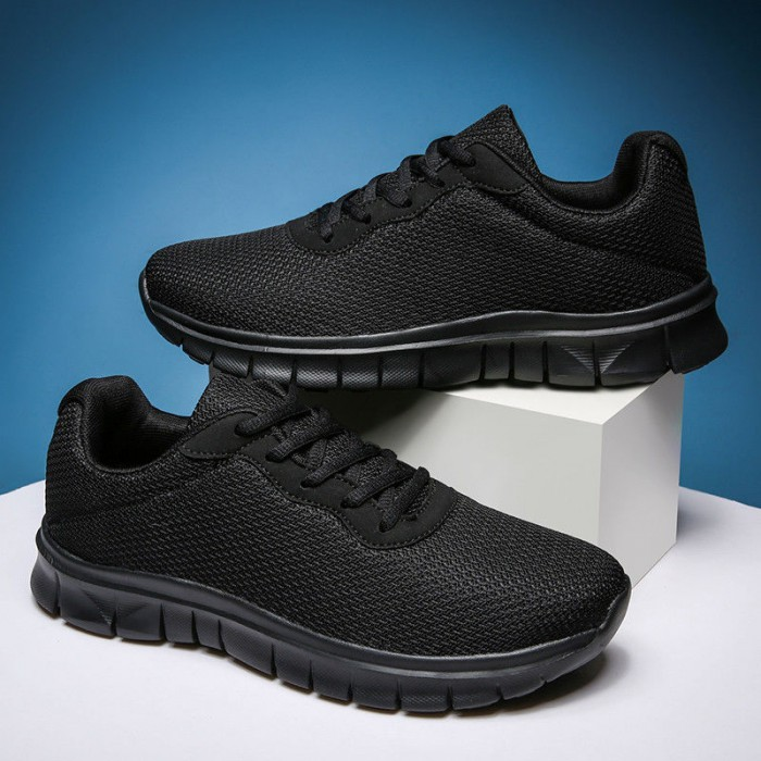 Full Black Lightweight Running Trainers Lace Up With SGS Certification