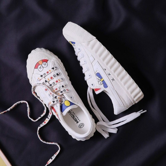 Flat Custom Sports Shoes Womens Comfortable Black White Ginger Three Colors