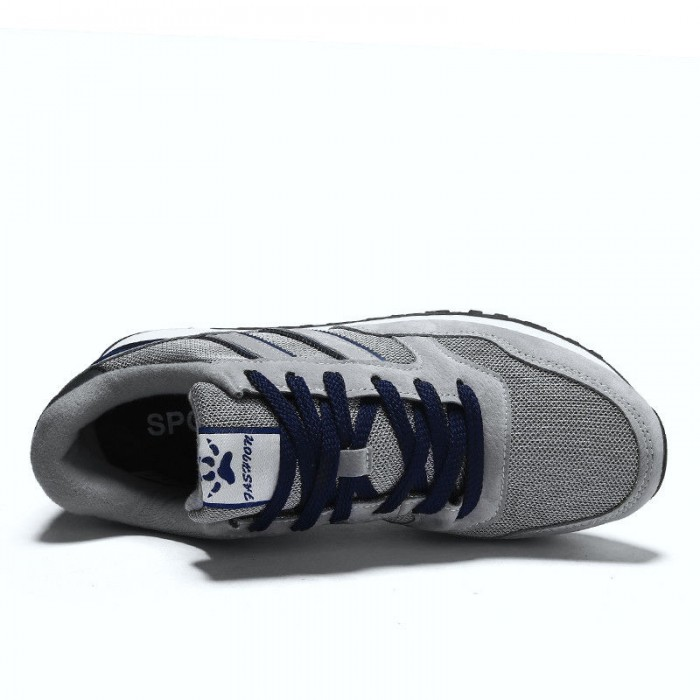 Quick Drying Casual Sports Shoes , Badminton Sneakers Lace Up Closure